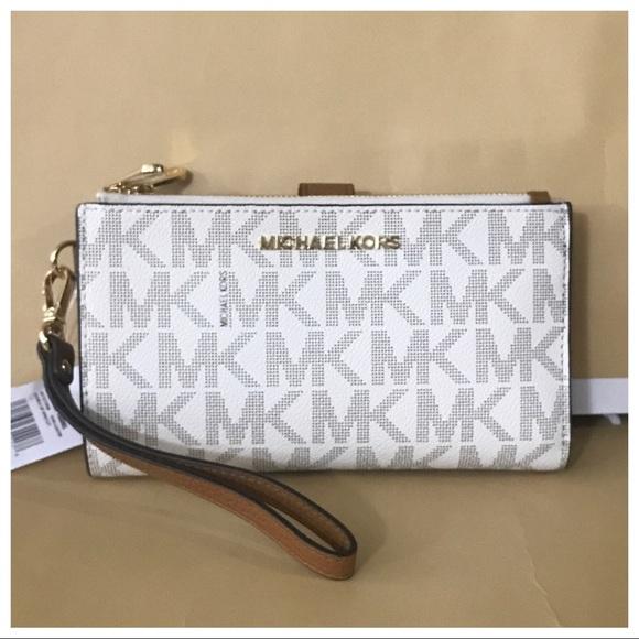 bb23e49e5976 Nwt Mk Double Zip Wristlet Wallet- Vanilla Acorn